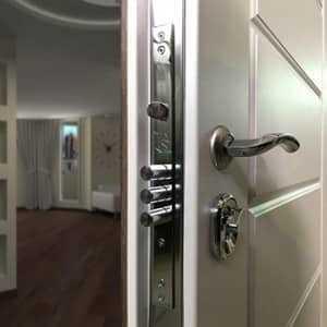 Дверная фурнитура в Минске