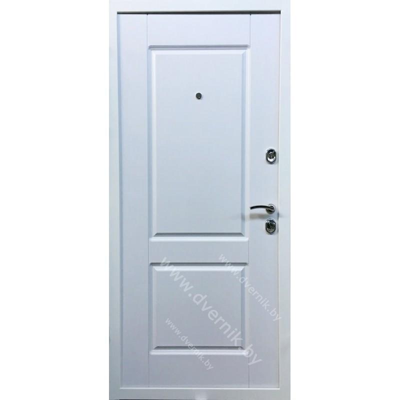 Входная белая дверь К-57